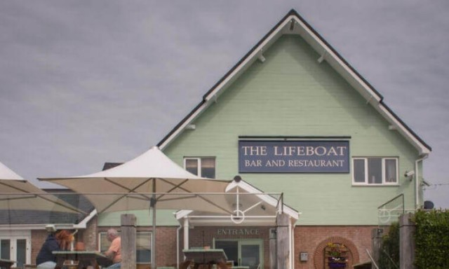 The Lifeboat Inn, East Cowes, Isle of Wight